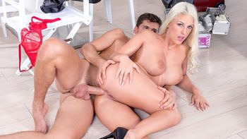 Blanche Bradburry in Hardcore Anal With The Hairdresser