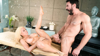 Luna Star in I Need a Masseuse