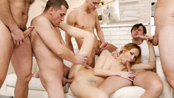 Belle Claire in 4 on 1 Creampie Gangbangs