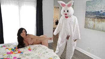 Jennifer White & Piper Perri in Fucking Like Rabbits