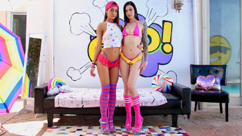 Marley Brinx & Lily Adams Play Well Together