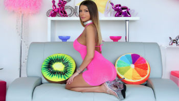 Brooklyn Chase in Servicing Brooklyn's Behind